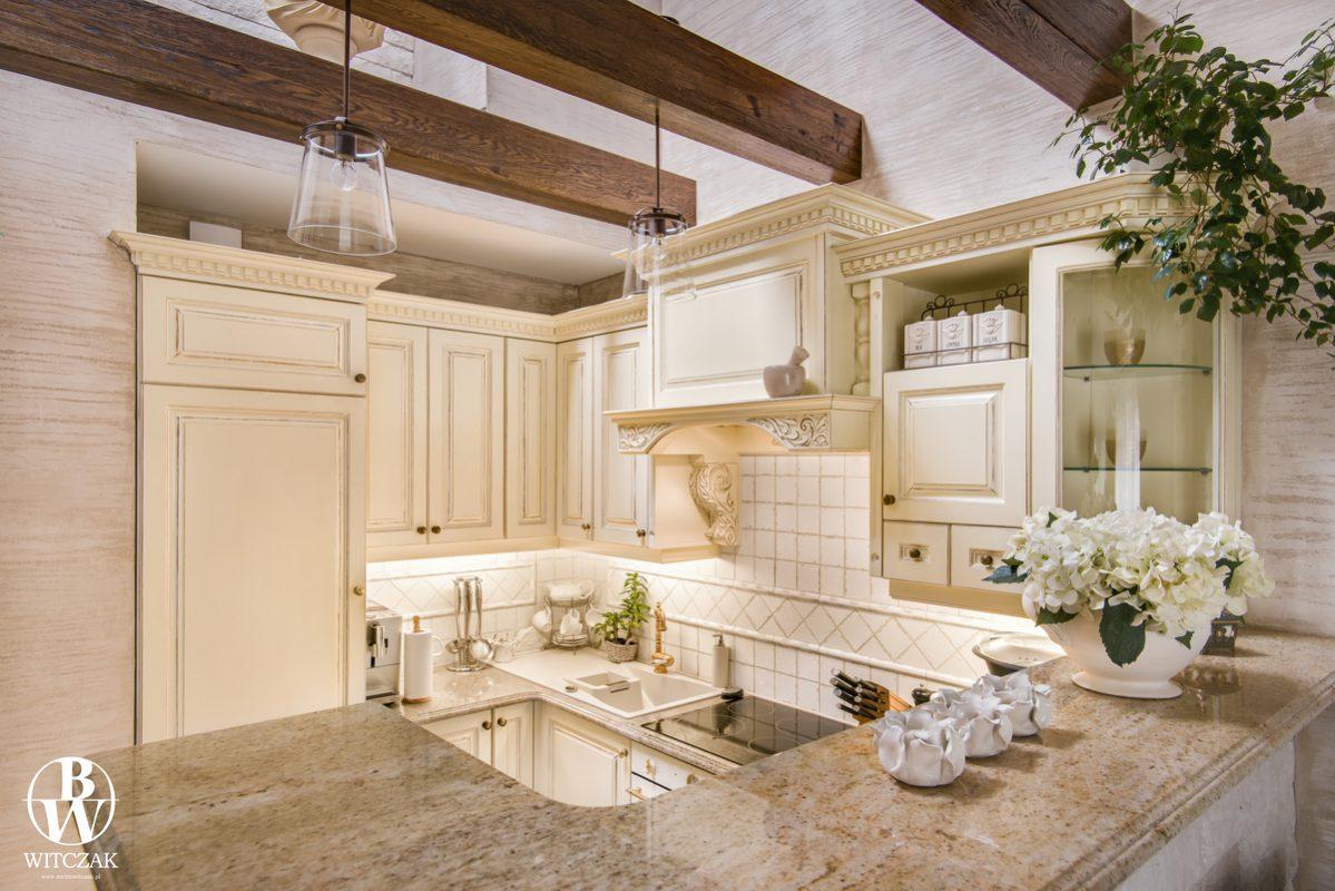 biała kuchnia dębowa